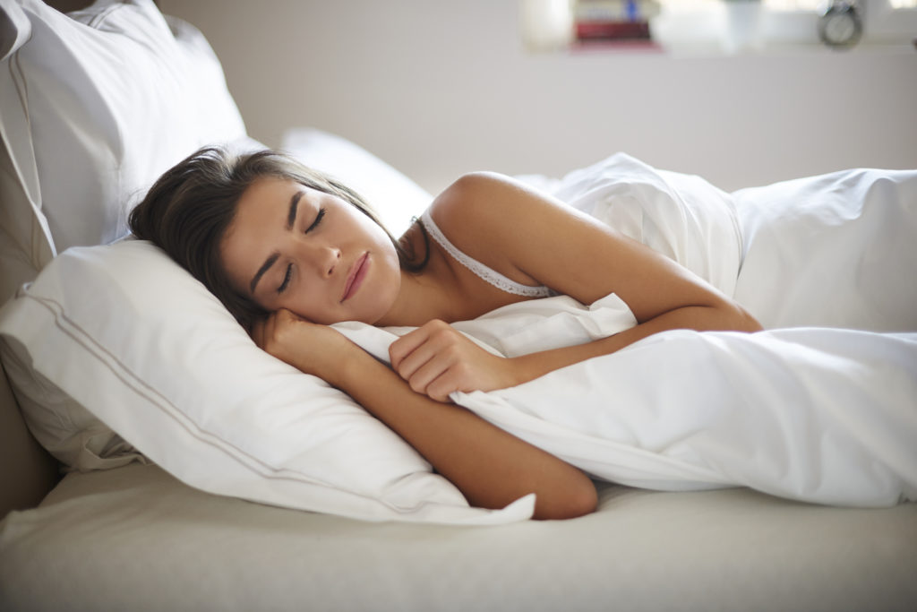 does sleep help with weight loss