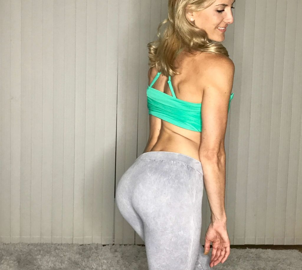 7 Best Squats Exercises Women